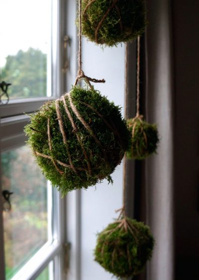Kokedama inspired Christmas decoration